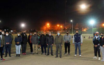 NUEVA ILUMINACIÓN LED PARA LA CANCHA DE FÚTBOL DEL POLI DE LA COLONIA